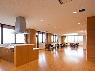 丸木 記念 福祉 メディカル センター